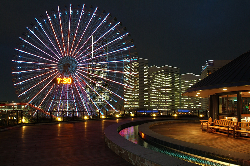 Have a romantic date at Yokohama