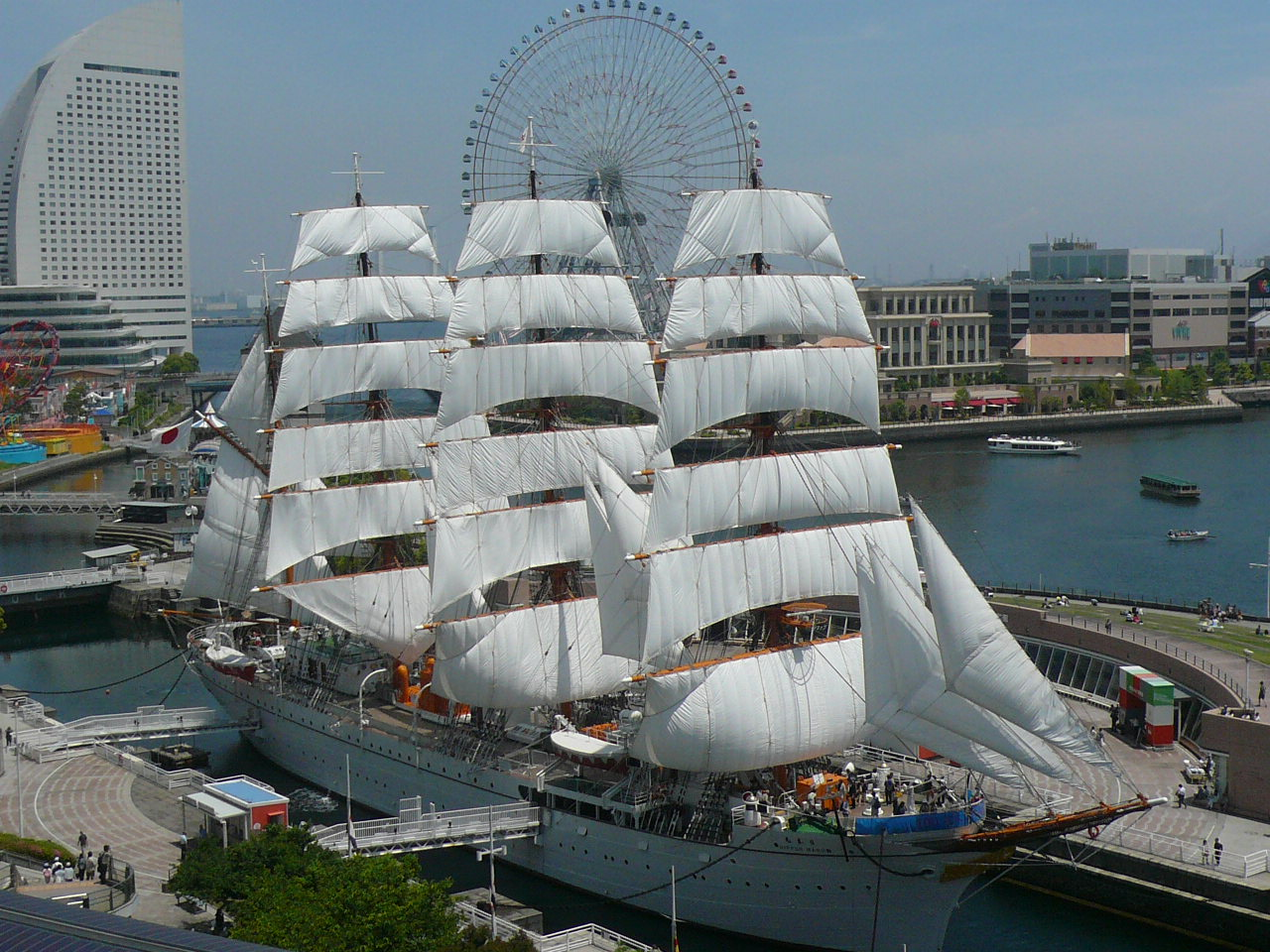 Sail Training Ship Nippon Maru/ Yokohama Port Museum