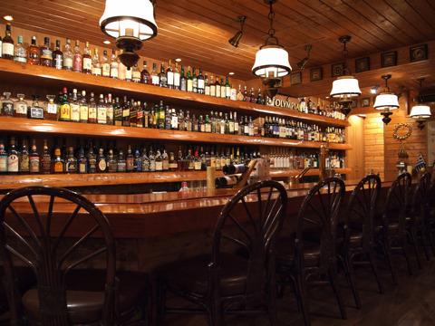 Greek Style Restaurant & Bar OLYMPIA