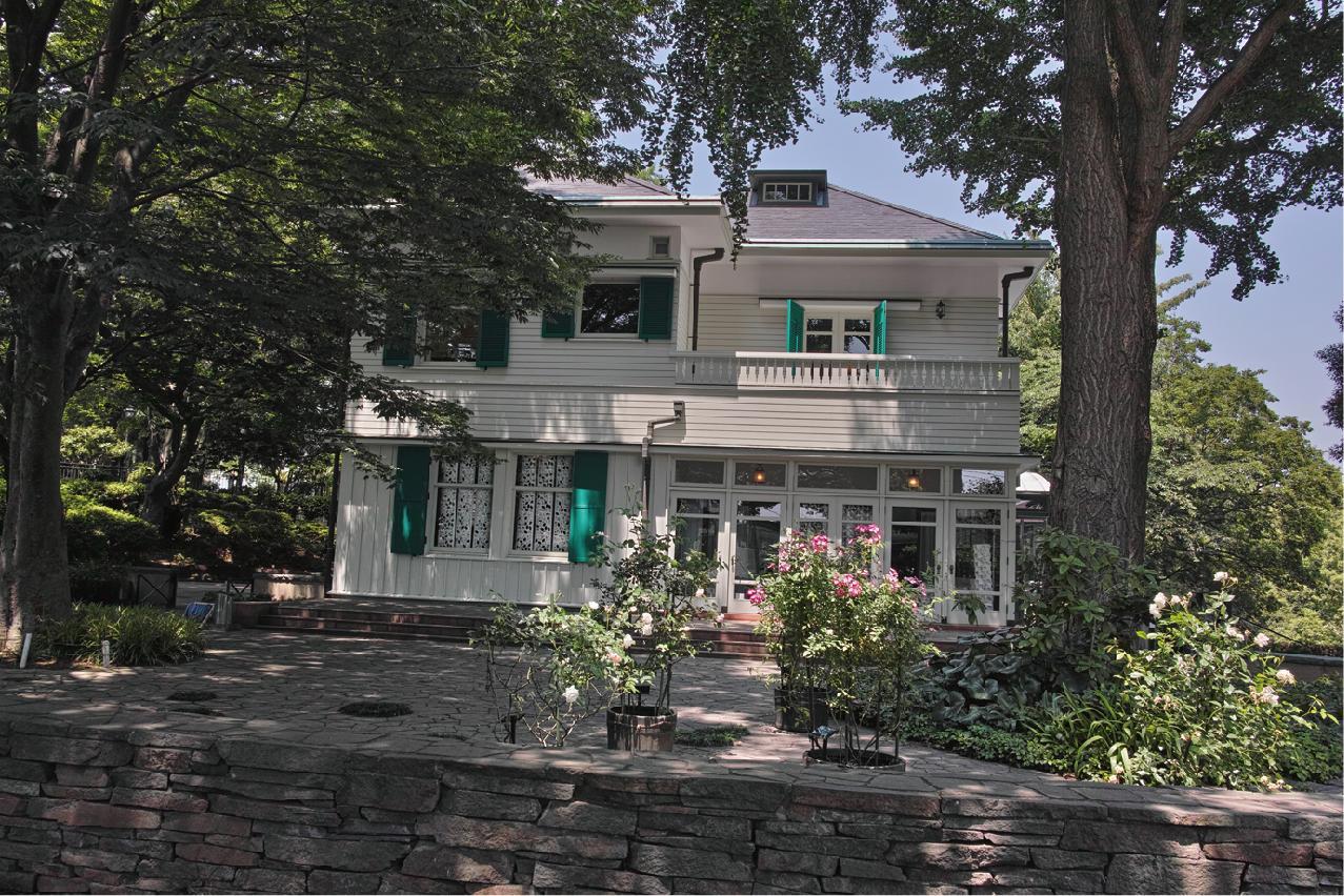 Ehrismann Residence
