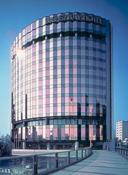 Breezbay Hotel