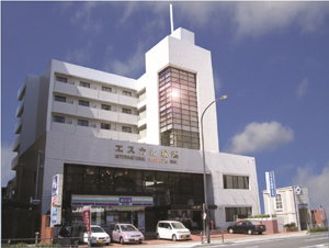 Escale Yokohama